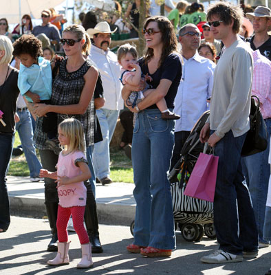 Two Supermodel Mamas Heidi Klum and Milla Jovovich Enjoy the Pumpkin Festival and Their Families