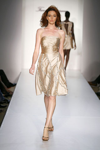 NY Fashion Week Spring 2009 - Farah Angsana