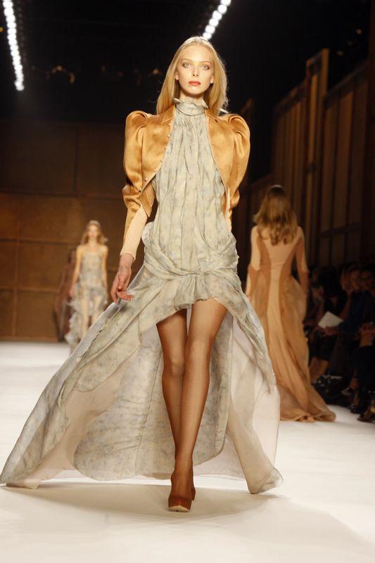 Paris Fashion Week: Nina Ricci Spring 2009