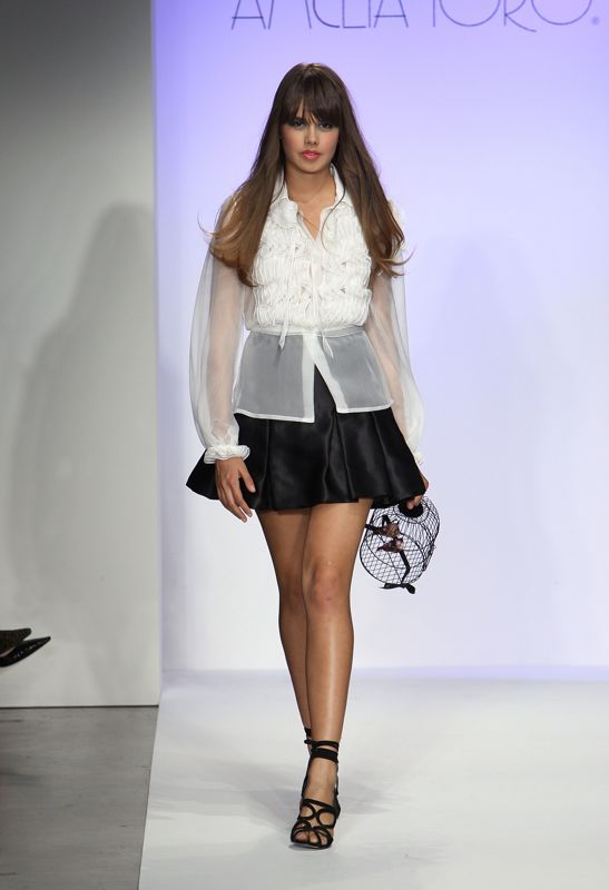 Los Angeles Fashion Week: Amelia Toro Spring 2009