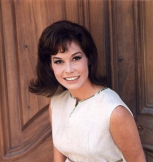 Bella Donna: Mary Tyler Moore