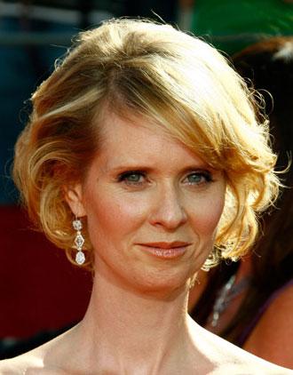 Cynthia Nixon at 2008 Emmys: Hair and Makeup Poll
