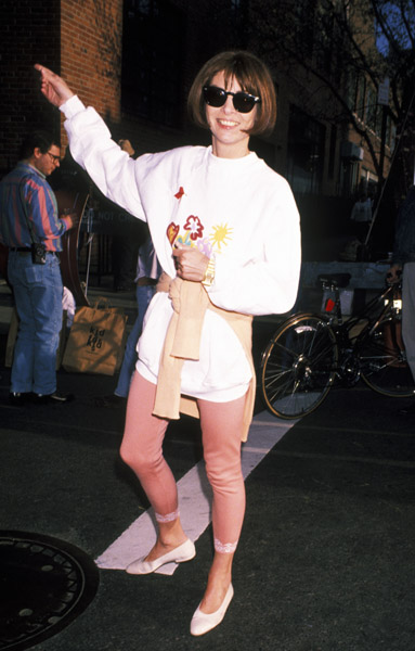 Apr. 1993: No couture or beige mules here — only a sweatshirt, leggings, and white flats for a Pediatric AIDS Foundation benefit