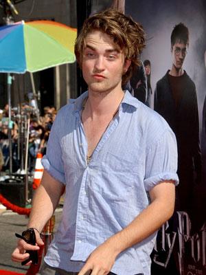 Which Robert Pattinson Photo is Sexier?