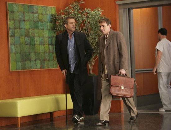 """House Recap: Episode 17, """"The Social Contract"""""""