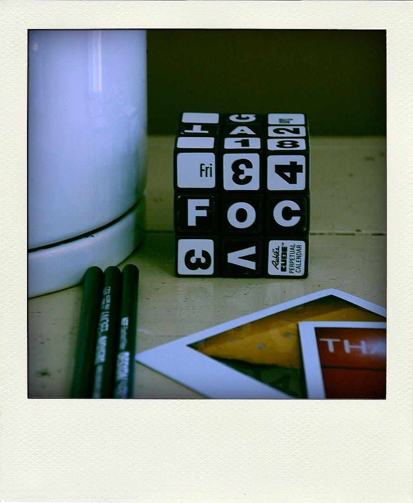 Perpetual Calendar Cube : Rubik s cube perpetual desk calendar from etsy popsugar tech