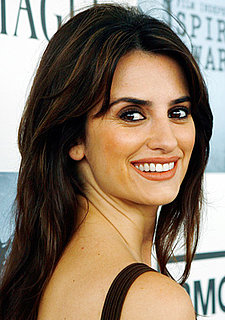 Penélope Cruz's Hair and Makeup at the 2009 Independent Spirit Awards