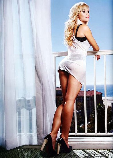 kristen bell on FHM U.K magazine june 2008 issue