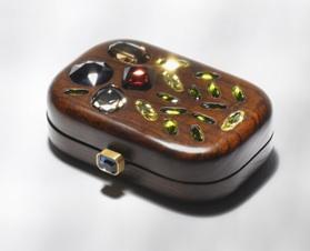 Trend Alert: Woodsy Accessories