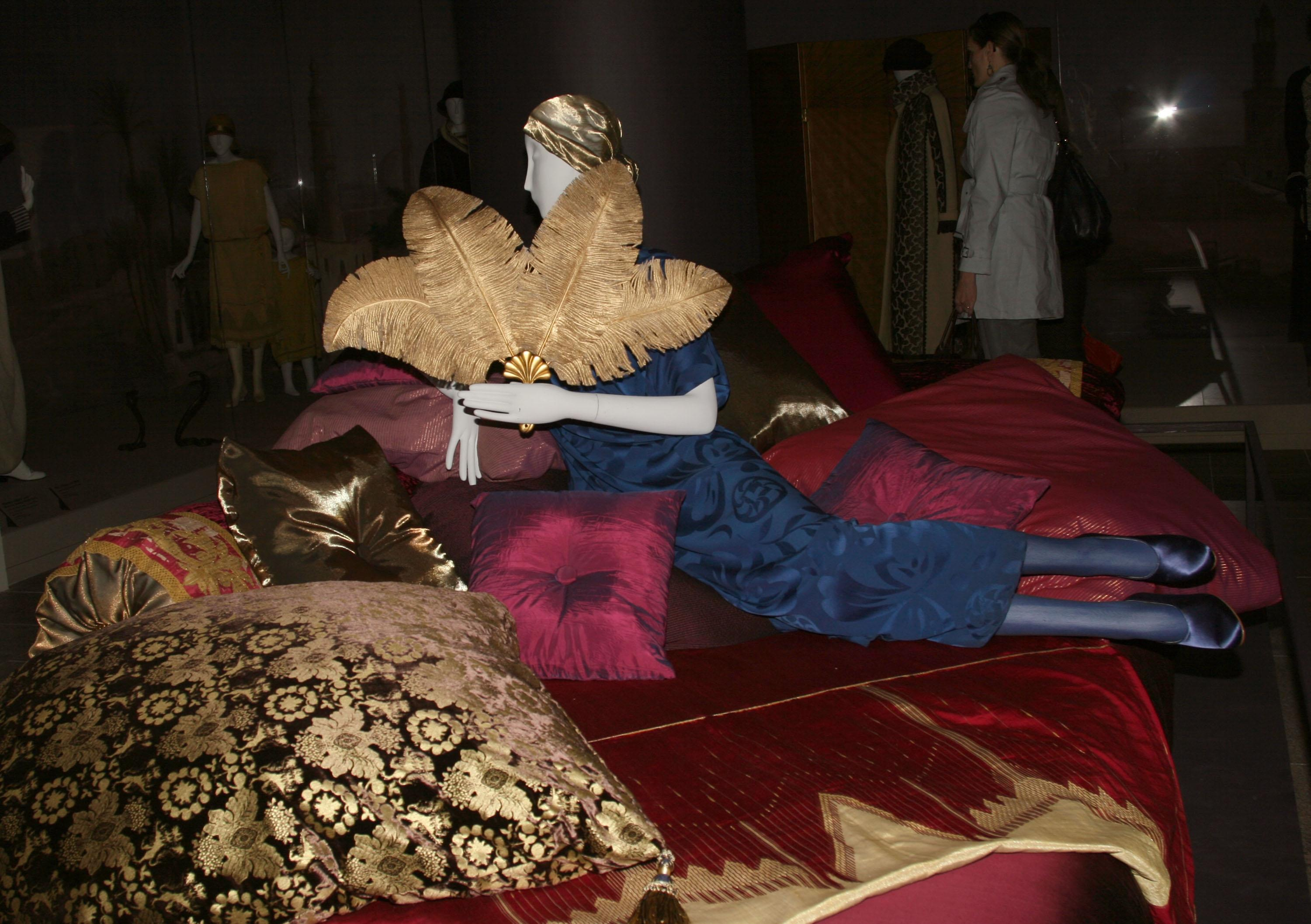 """Fab Flash: """"Poiret: King of Fashion"""" at the Met in NYC"""