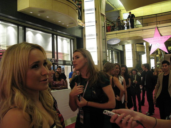12th Annual Victoria's Secret Fashion Show: Pink Carpet Interview With Hayden Panettiere!