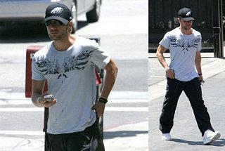 Ryan Phillippe Still Hiding His Hotness