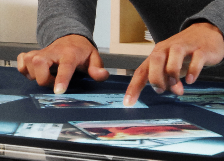 Microsoft's New Surface: Interactive Multi-Touch Table