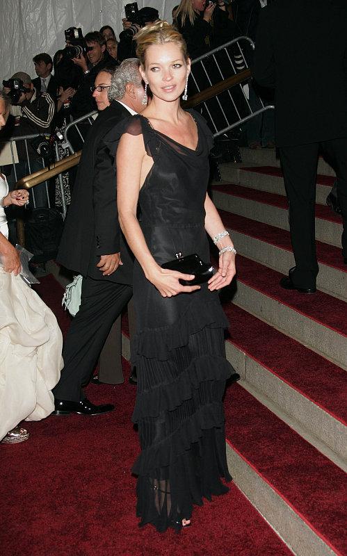 Beauty Byte: Kate Moss Kicks Off Her Fragrance