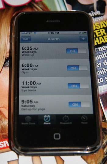 Simple Cell Phone Tips, Part 1: Use Your Alarm
