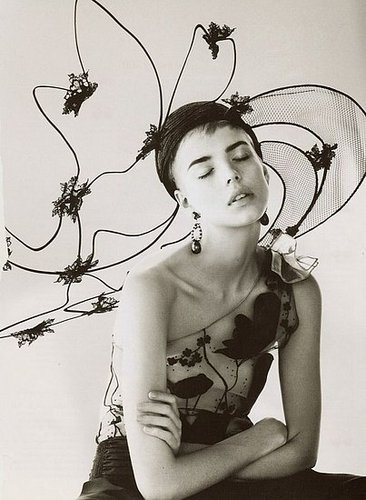 Model Style: Agyness Deyn