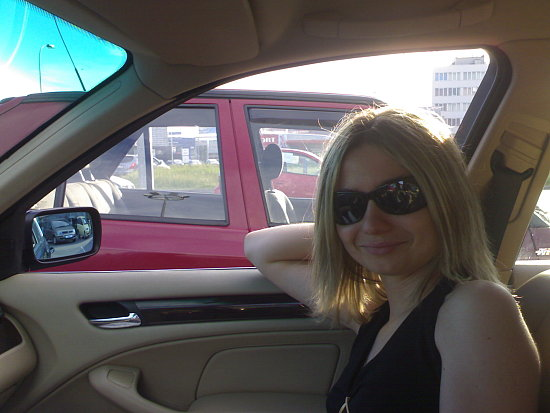 It's only I in the car