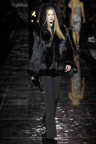 Not for the PETA hearted - Posen fur coats, what's your take on them?
