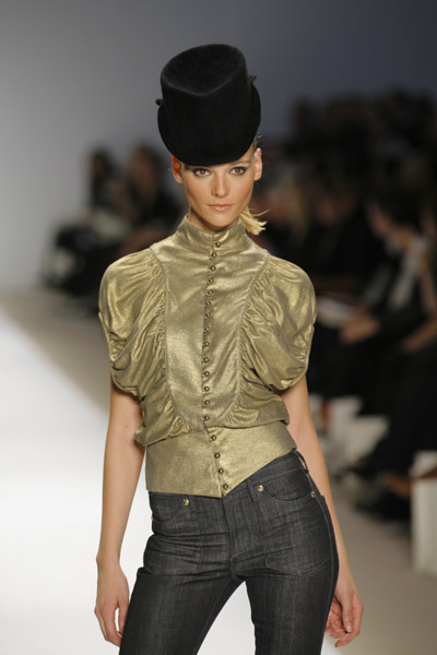 Look From Sass & Bide Fall 2007: Love It or Hate It?