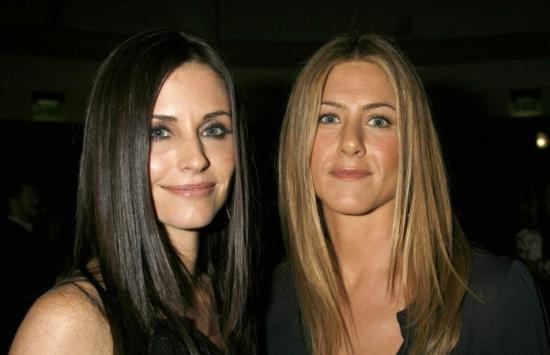 Courteney and Jen Friends with Benefits