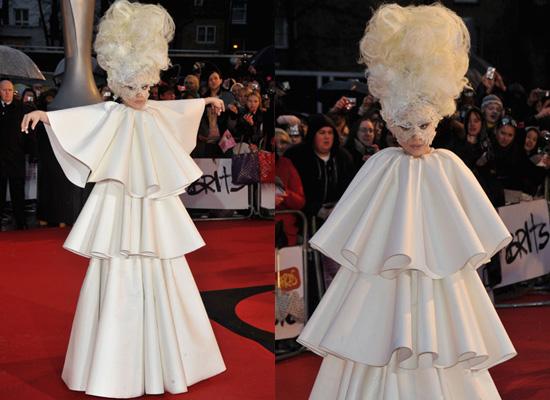 Photos of Lady Gaga at the 2010 Brit Awards 2010-02-16 10:00:09 ...