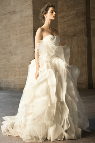 e02ec9d2e4 Vera Wang David s Bridal Wedding Dresses 2010-04-20 10 00 22 ...