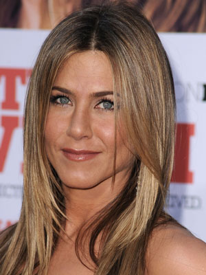 Jennifer aniston eye makeup