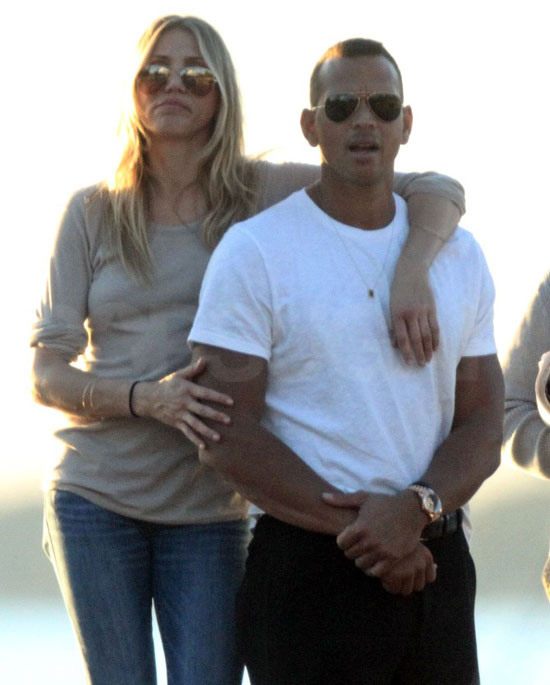 PopsugarCelebrityCelebrity PicturesPictures of Cameron Diaz and Alex Rodriguez in Miami 2010-12-13 09:15:00Cameron Diaz and Alex Rodriguez Get Affectionate and Celebrate a Wedding in MiamiDecember 13, 2010 by Molly Goodson0 SharesChat with us on Facebook Messenger. Learn what's trending across POPSUGAR.Cameron Diaz and Alex Rodriguez shared a PDA-filled Friday afternoon in Miami before hitting the town for a romantic dinner that night. The two reunited in Florida to celebrate the wedding of her friend JoAnna Garcia and his teammate Nick Swisher in nearby Palm Beach on Saturday. Cameron flew in straight from her international press tour for The Green Hornet, which already brought her from Madrid to Berlin and more. While she was abroad, there were rumors that A Rod was spotted cozying up with Kelly Bensimon, but his rep immediately dismissed the story. Instead, Cameron and Alex are going strong after spending a bikini-filled Thanksgiving in Mexico, complete with a hot yacht trip and a sexy outdoor shower. The - 웹