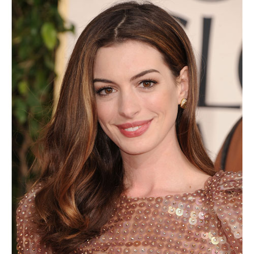 Anne Hathaway Eye Color: Anne Hathaway At Golden Globes 2011 2011-01-16 17:32:47