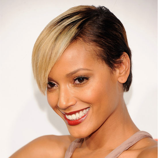 bob haircut for selita ebanks s new blond hairstyle popsugar 3023
