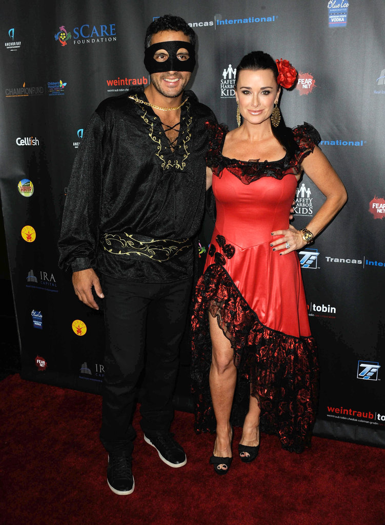 Mauricio Umansky and Kyle Richards as Zorro and Elena
