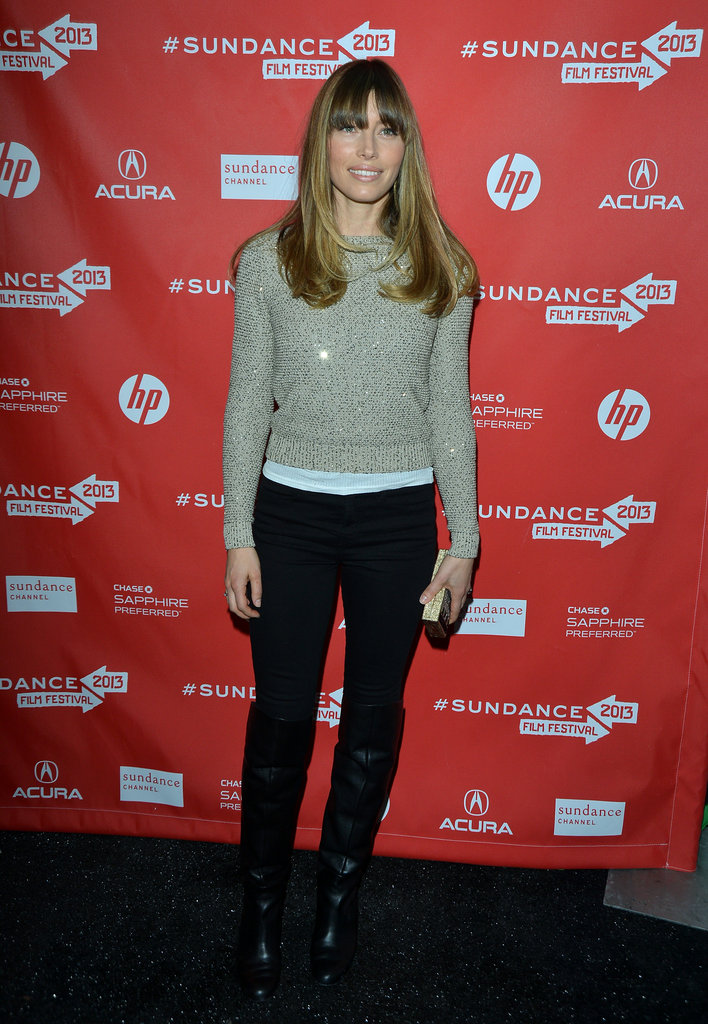 Jessica Biel paired an oatmeal sweater with black jeans