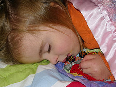 4 Ways to Get Your Toddler to Bed Earlier