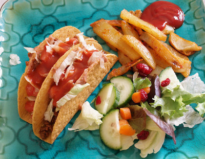 A Weeknight Dinner in Minutes: Tacos with All the Fixings