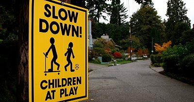 When Should You Let Your Child Play Outside Alone?