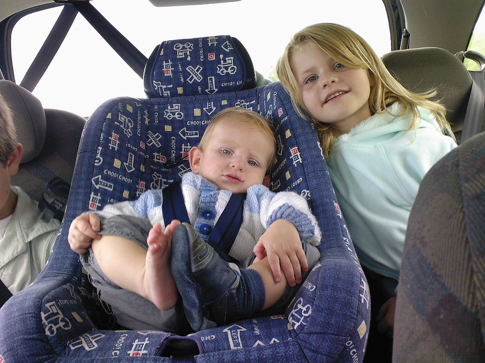 6 Tips for Surviving Family Road Trips