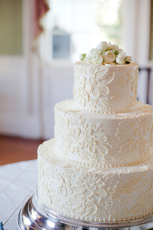 simple elegant wedding cake recipe an easy recipe for an cake that s to forget 19975