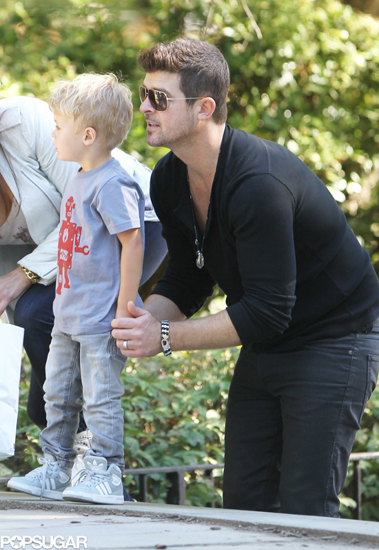 Robin Thicke Paula Patton And Son Julian In Nyc Photos