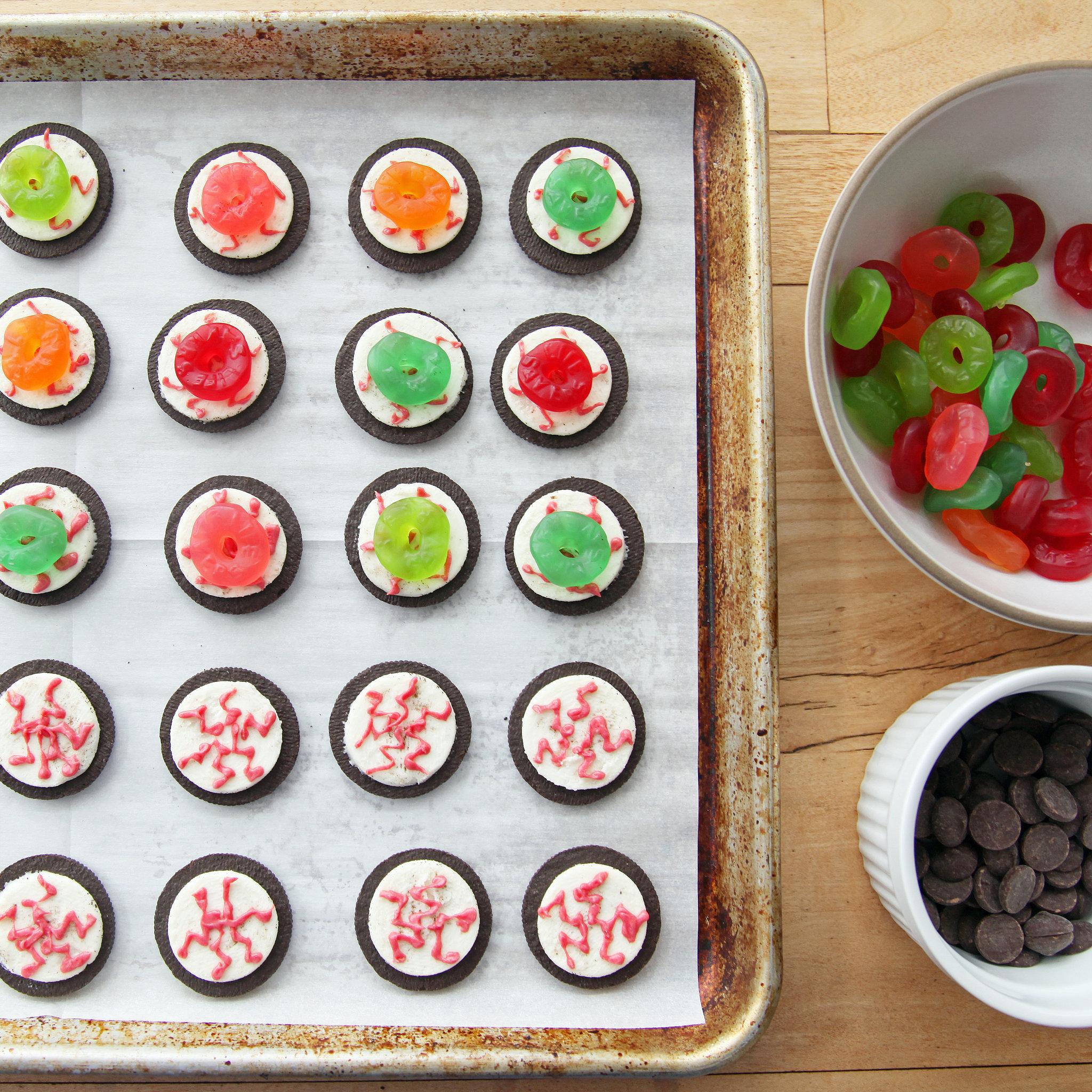 Easy oreo eyeballs recipe popsugar food share this link forumfinder Gallery
