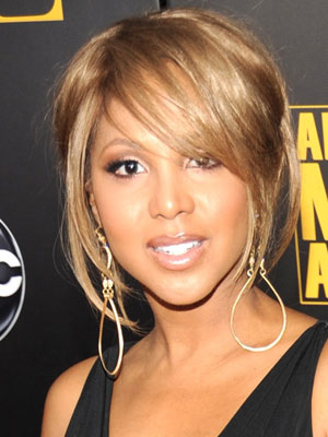 Stupendous Toni Braxton At The 2009 American Music Awards Popsugar Beauty Short Hairstyles For Black Women Fulllsitofus