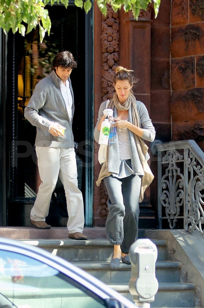 Gisele Bundchen Pictures Moving Boxes To Her New Boston