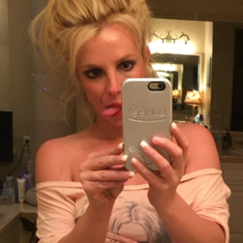 spears selfie Britney