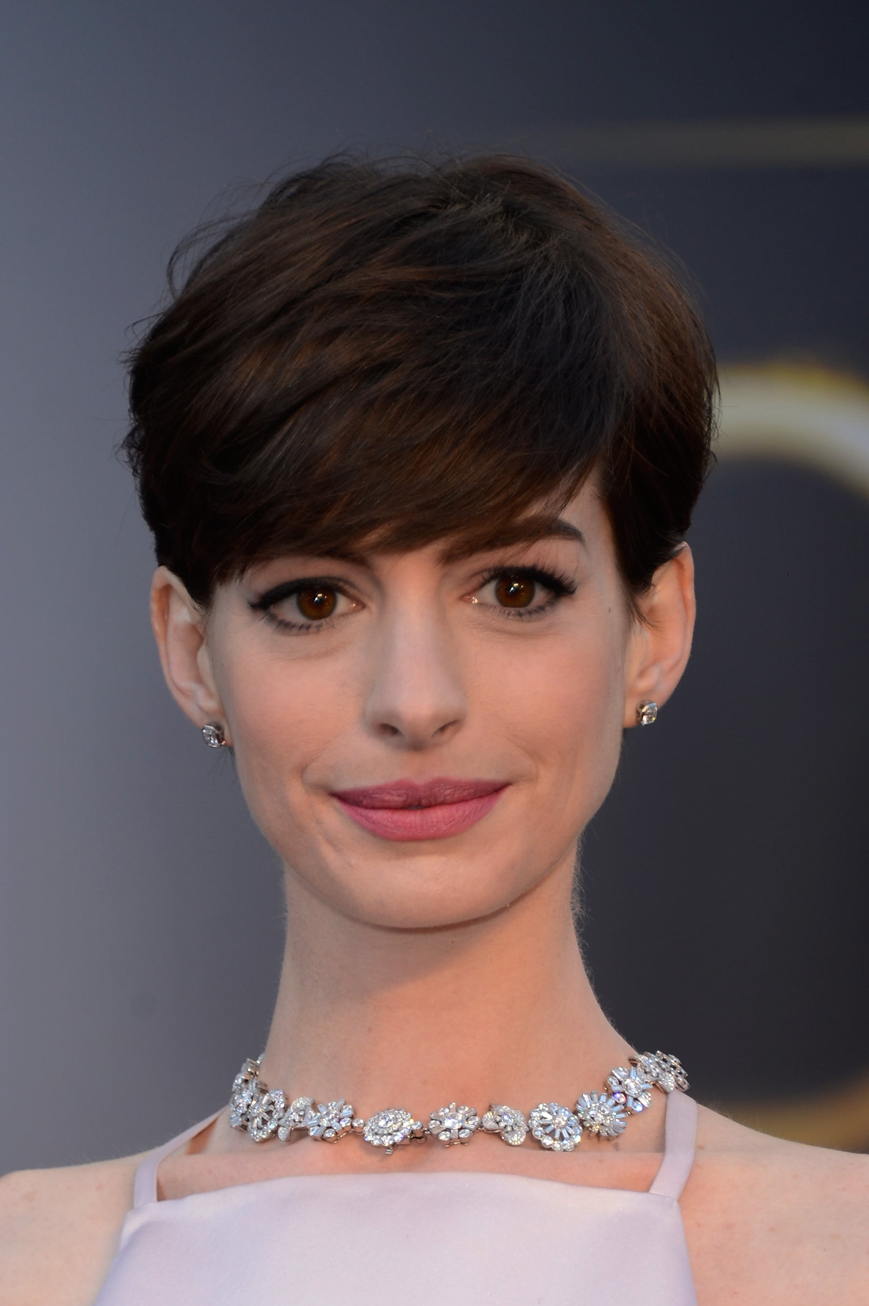 Anne Hathaway S Pixie Cut In 2013 The 22 Wildest Celebrity Hair Transformations Of The Last Decade Popsugar Beauty Photo 32