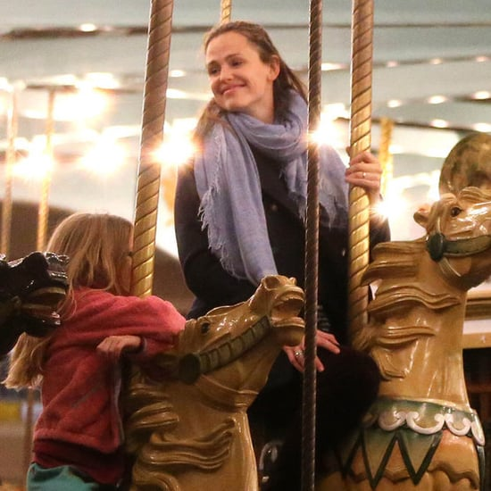 Jennifer Garner at the Fair With Violet and Sera | Pictures