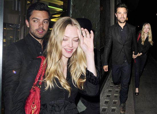 22/4/2009 Amanda Seyfried and Dominic Cooper