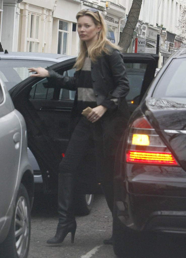 Kate Moss was out and about in London yesterday with her daughter Lila Grace. She wore a striped jumper as she ran errands and popped into a newsagents in the north of the capital. Kate's been out a lot this week, for lunch with her man Jamie Hince, and the pub too. She's also reportedly having trouble selling her home — CasaSugar has all the pics — while she waits to move into her new Highgate house.