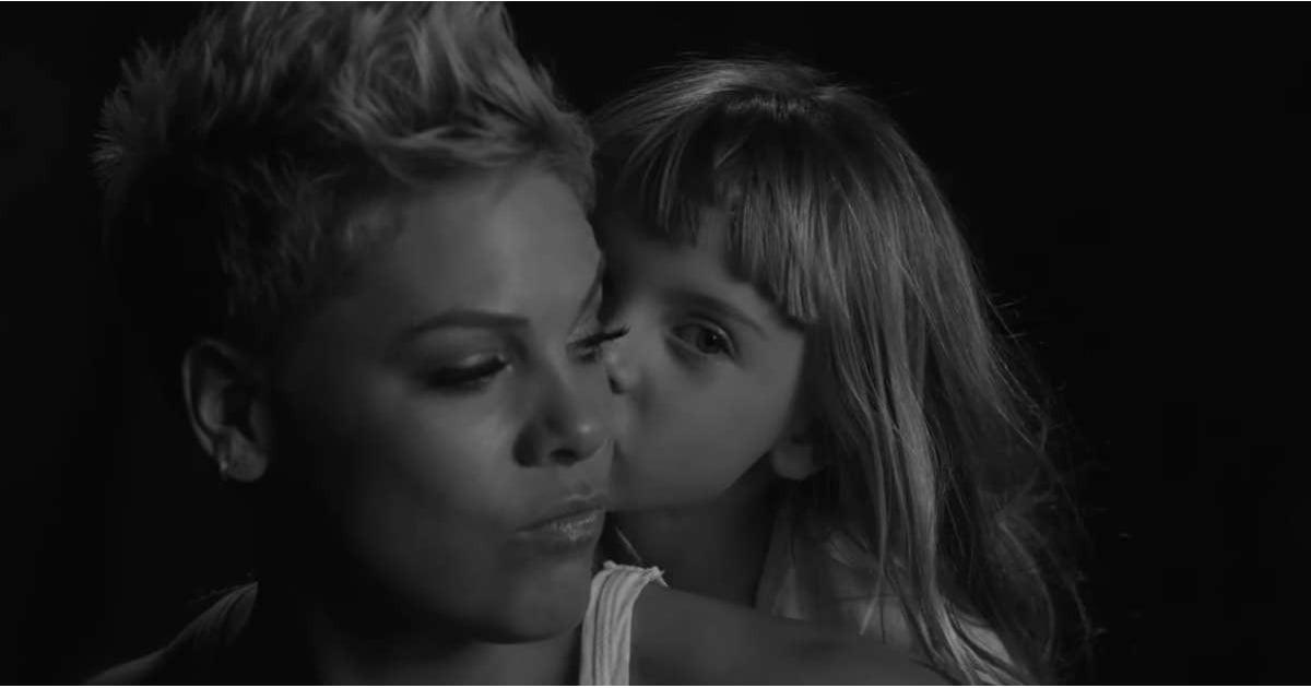 pink wild hearts can 39 t be broken music video popsugar celebrity australia. Black Bedroom Furniture Sets. Home Design Ideas