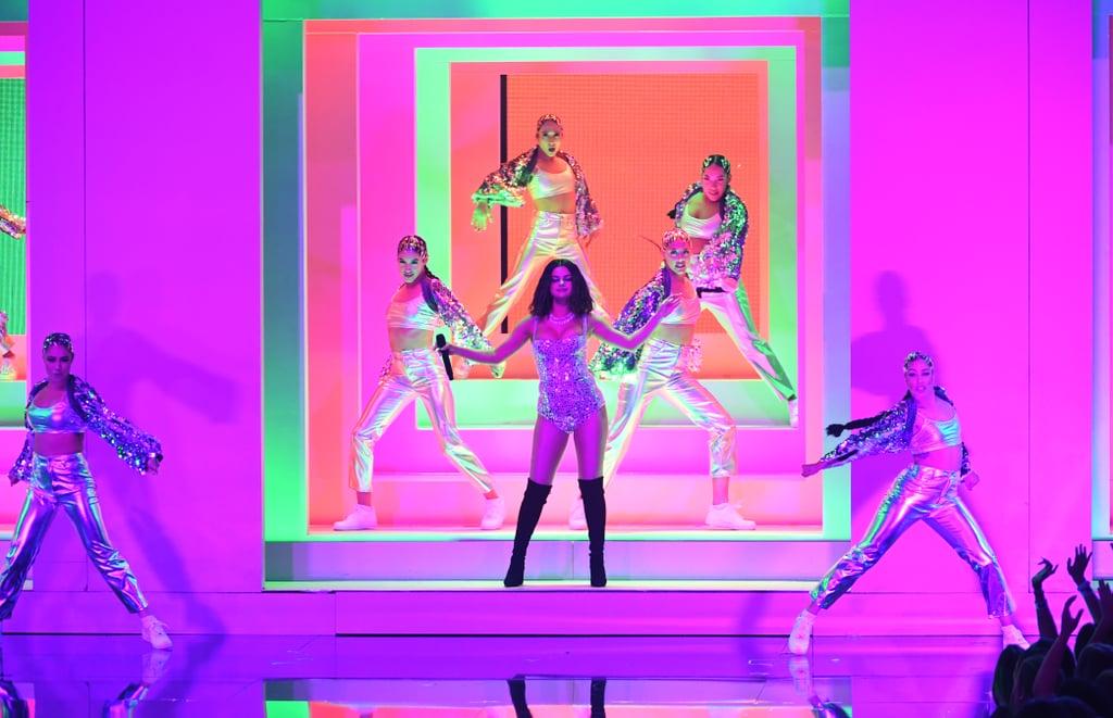 Selena Gomez 2019 American Music Awards Performance   Video