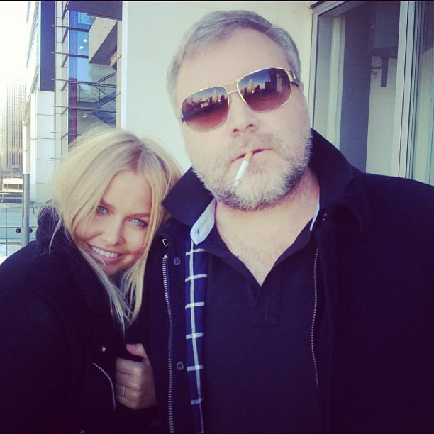 Lara Bingle cuddled up to Kyle Sandilands after her interview at 2Day FM. Source: Twitter user MsLaraBingle