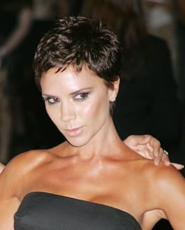 Photo Of Victoria Beckham With New Latest Hair Style Short Spiky - Latest hairstyle of beckham